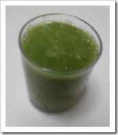 グリーンスムージーのおすすめレシピ(小松菜・りんご・バナナ)